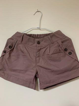 🚚 藕色短褲
