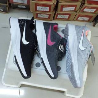 Nike Grad 3A size 37 -40
