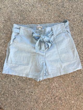 Country Road - Shorts - Size 14