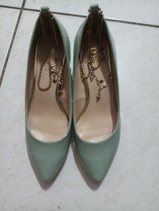蒂芙尼色,特殊造型腳踝扣環鏈條鞋