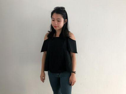🚚 *New* Off shoulder top Black Pink