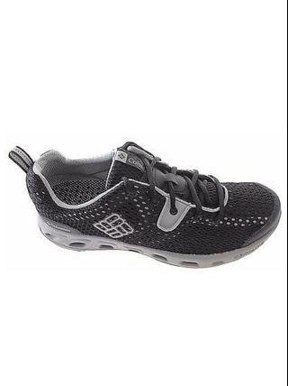 Columbia Men's shoe, 100% authentic guaranteed.