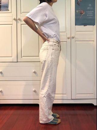 網拍米白色直筒牛仔褲