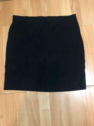 黑色貼身棉質短裙