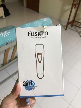 🚚 Fusion 2 in 1 Mini Shaver
