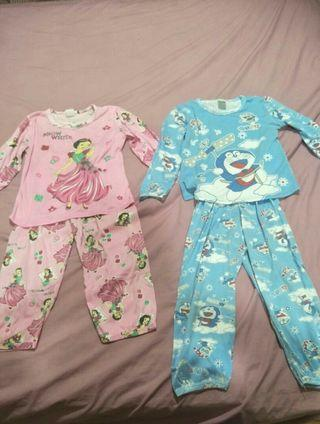🆓📦(2x) Girls Pyjamas/ sleepsuit
