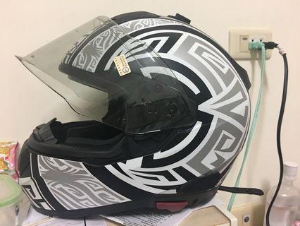 M2r F5 安全帽 全罩 極新 helmet