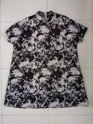 Haoduoyi floral t-shirt dress in neoprene material