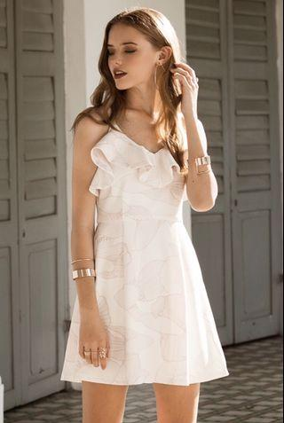 🚚 TCL Hania Ruffles Dress in White
