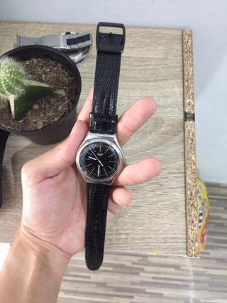 Swatch jam tangan pria