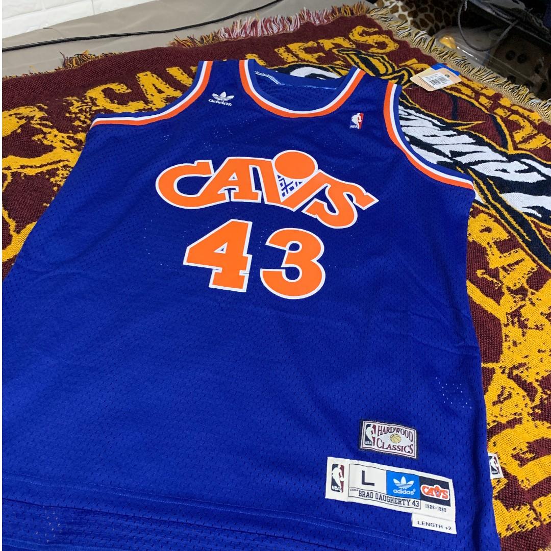 online store 4a67f 270f7 Adidas Hardwood Classic Jersey Size L Brad Daugherty Cleveland Cavaliers  CAVS Swingman SW 克里夫蘭騎士隊 #43