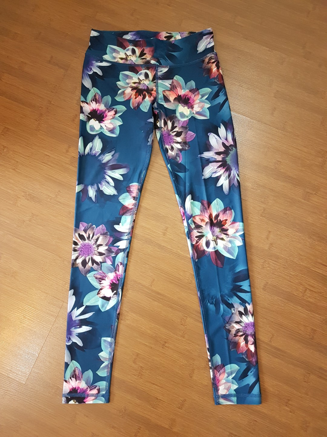 4583feacea04c2 Aeropostale Live Love Dream Floral Yoga Leggings Tights, Sports, Sports  Apparel on Carousell