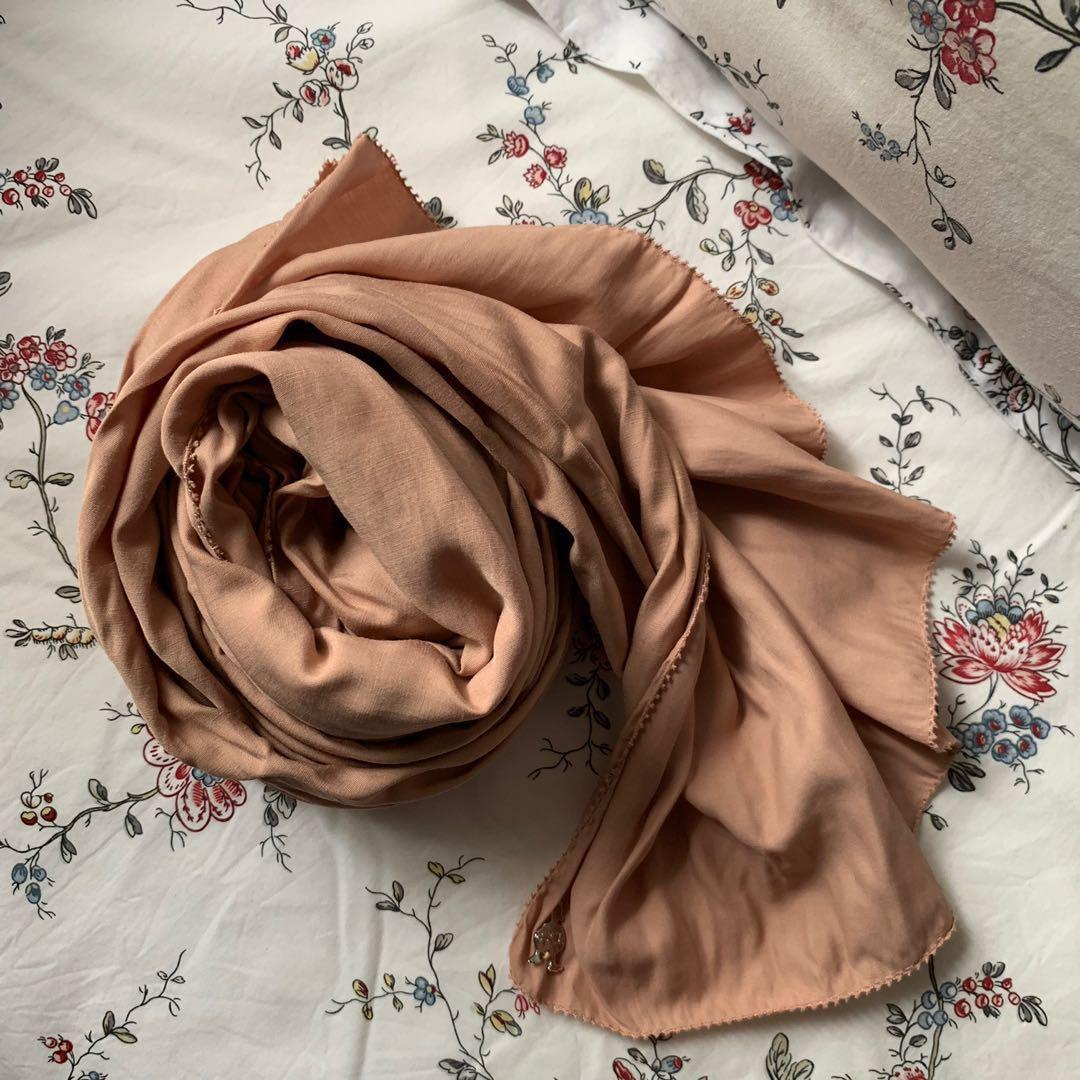 dUCk cotton scarf in Toasted Almond (authentic)
