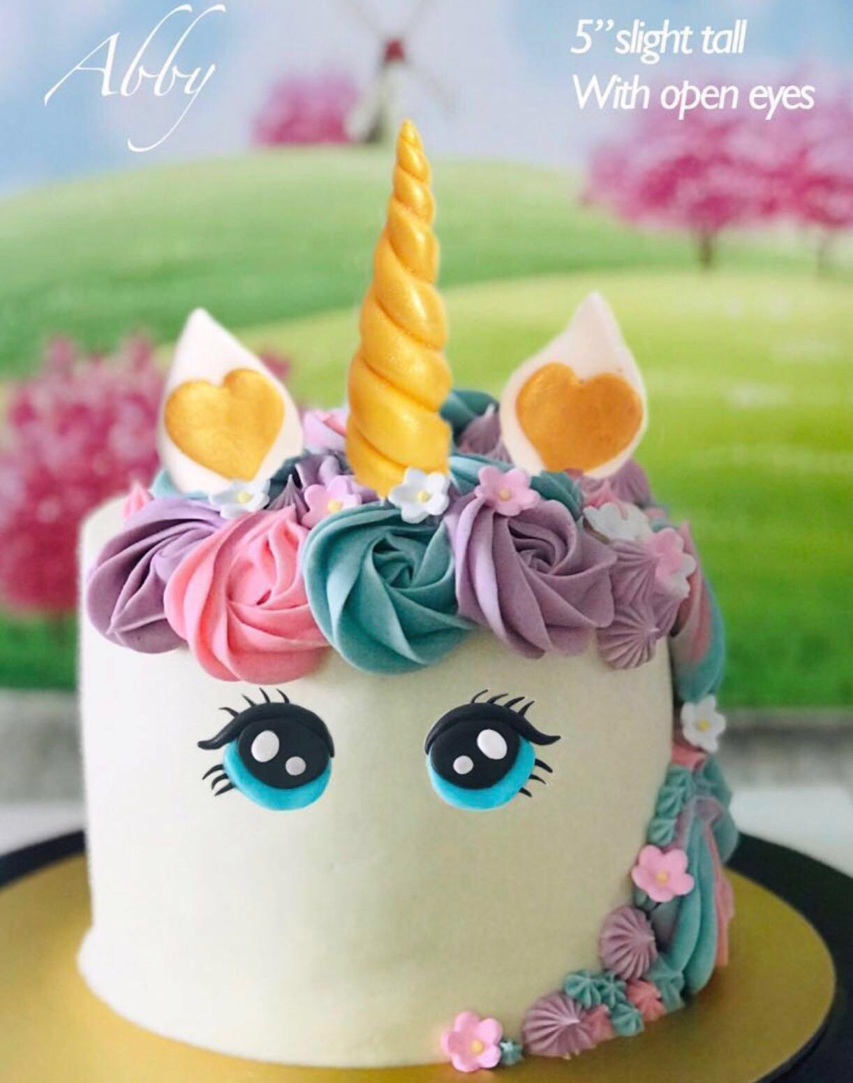 Magical unicorn cakes