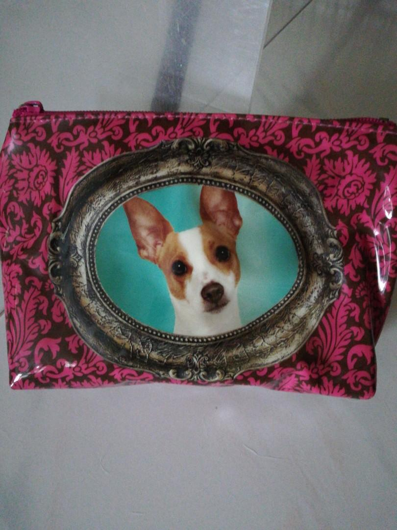 free cosmetic bag catseye London wif purchase 20$ or more