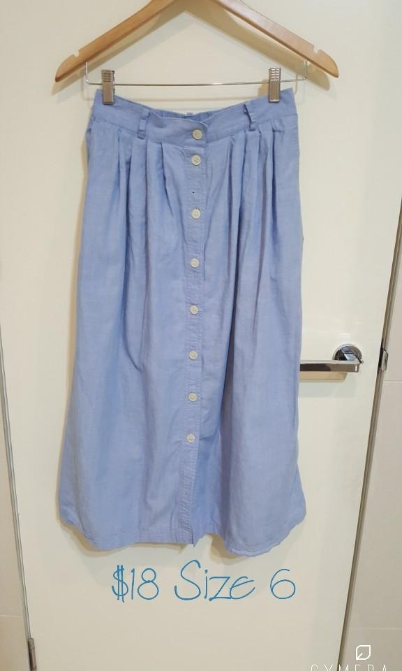 """""""Susan Bristol"""" Vintage Light Blue High Waisted Midi Skirt with Front Buttons (Size 6)"""