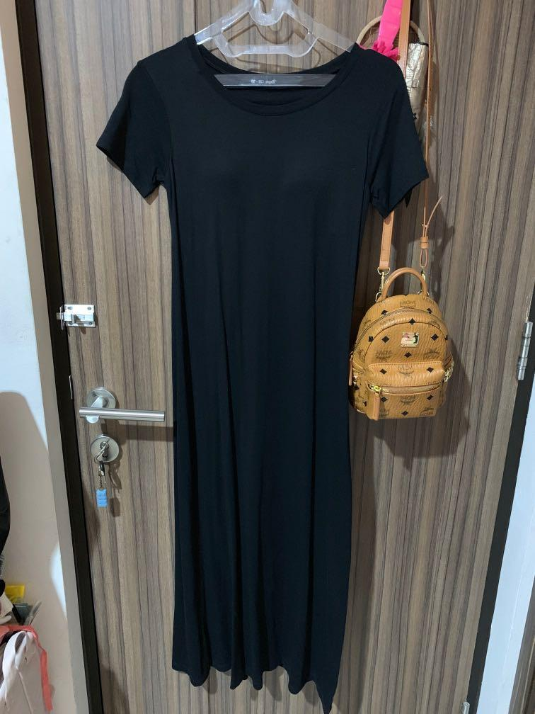 Uniqlo bra top black long dress - size S