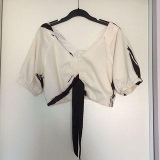 Puffy Sleeve Cropped Blouse (Size Large)