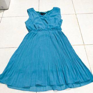 [ NEW !!! ] Pleated Dress / Mididress Prisket