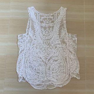 白色通花背心 White Lace Vest