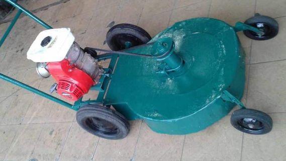 Original Honda Lawnmover Mesin Rumput Bertolak