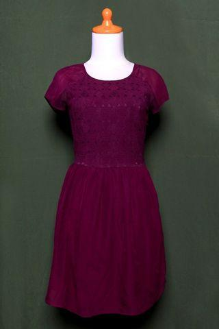 H&M Chic Dress Maroon