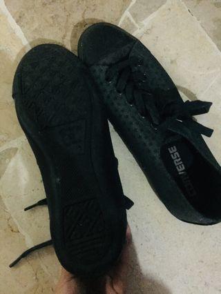 Converse black ori