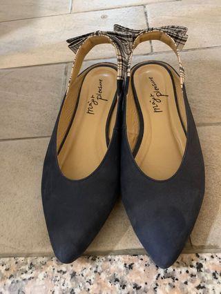 Major pleasure女鞋