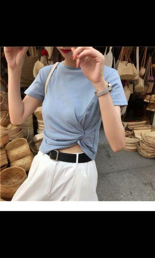 100%全新淺藍色T-shirt