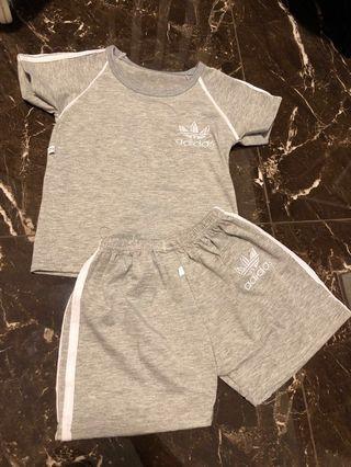 🚚 Adidas Grey Sports Set