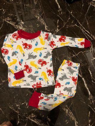 🚚 Carter's baby pyjamas Bright Animal prints