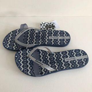 Ipanema 女生夾腳拖鞋 巴西尺寸33/34,39/40(印加圖紋 人字夾腳平底拖鞋-深藍色)
