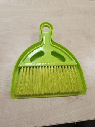 to bless-mini brush