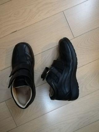 School Shoes (used 7 times only)