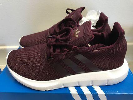 Brand New Women's Adidas Swift Run size 7