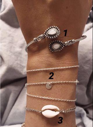 Jewellery! Bracelets/rings/necklaces/earrings