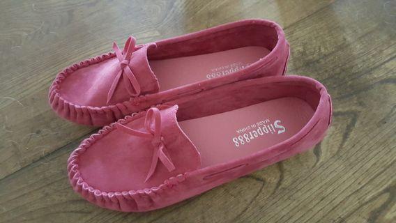 🚚 粉色娃娃鞋