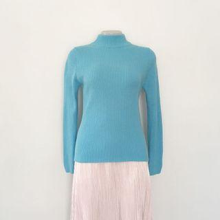 90s CORNFLOWER BLUE RIBBED TURTLE NECK JUMPER