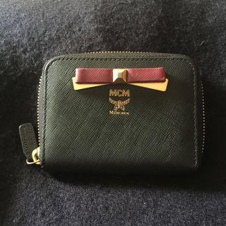 Mcm zipped card wallet