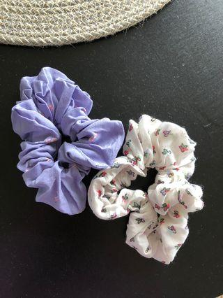 Auguste the label scrunchies