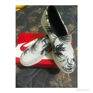 Nike SB Skateboarding Slip On Summer Pack • Original Made in Indonesia • Brand New Replace Box • Available Size: 41 • I
