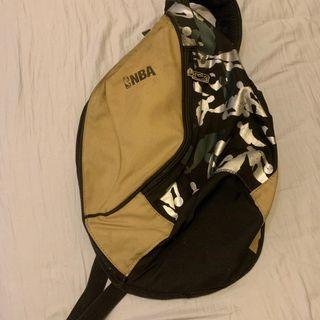 🚚 (清倉)NBA 側背包