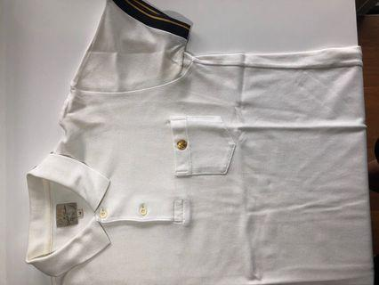 🚚 Le Bac white polo with gold details