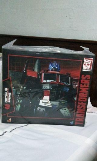 Hot Toys Optimus Prime