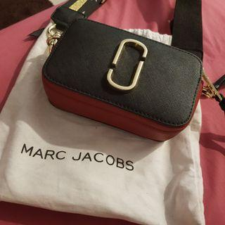 Marc Jacobs Snapshot premium