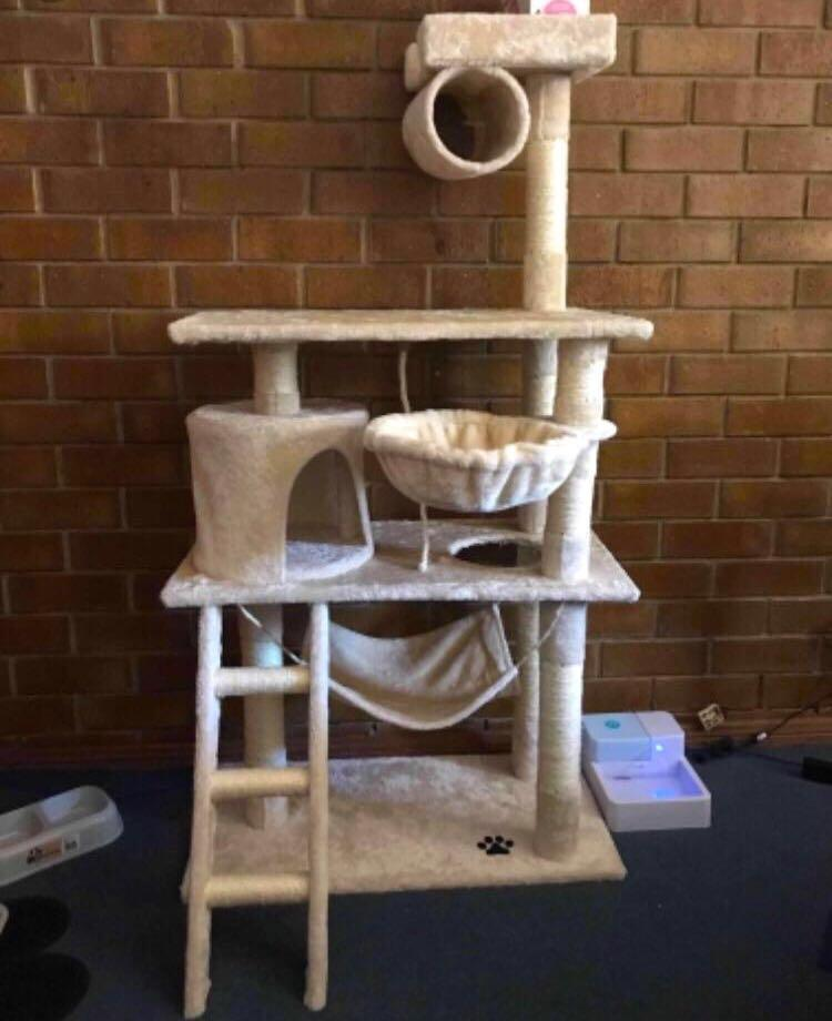 141cm Cat / Kitten Treehouse Toy House Condo