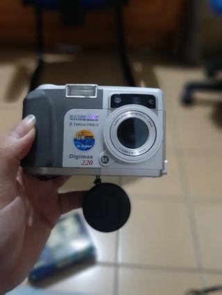 Kamera pocket digital samsung digimax 220