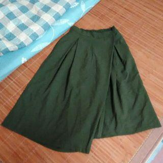 🚚 二手 正韓 軍綠色 寬褲裙