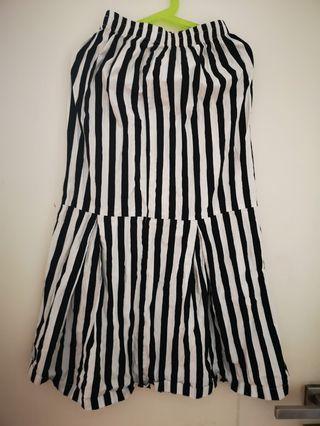 Qutn Cotton long skirt 8yo