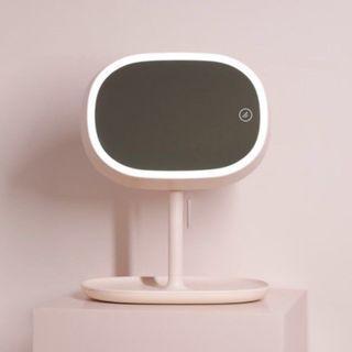 MUID USB LED Makeup Mirror 化妝鏡台燈二代 (100% New 全新連盒, 淘寶最平HK$260)